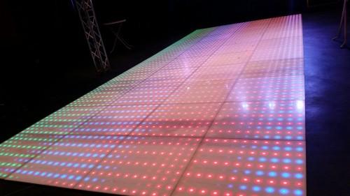Verlichte dansvloer – Licht en geluid Zeeland